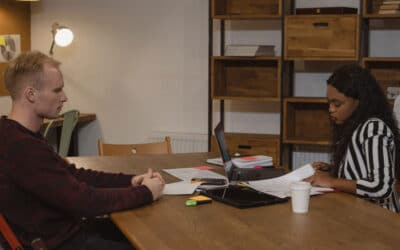 Een Fysiotherapeut aannemen of een Praktijk zoeken om te Werken
